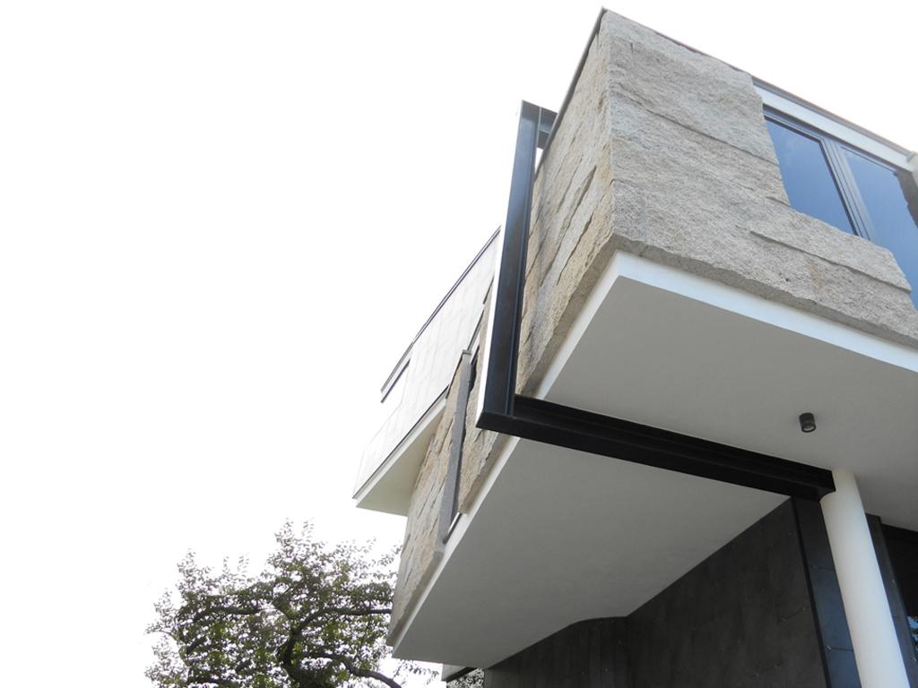 Index 042 vivienda cangas coiro retirosa arquitecto for Honorarios arquitecto