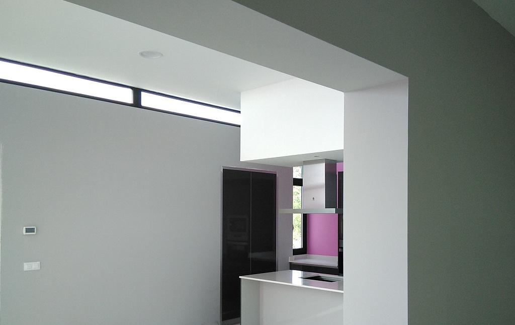 Interior sala cocina vivienda casa moderna vigo arquitecto for Casa moderna ud